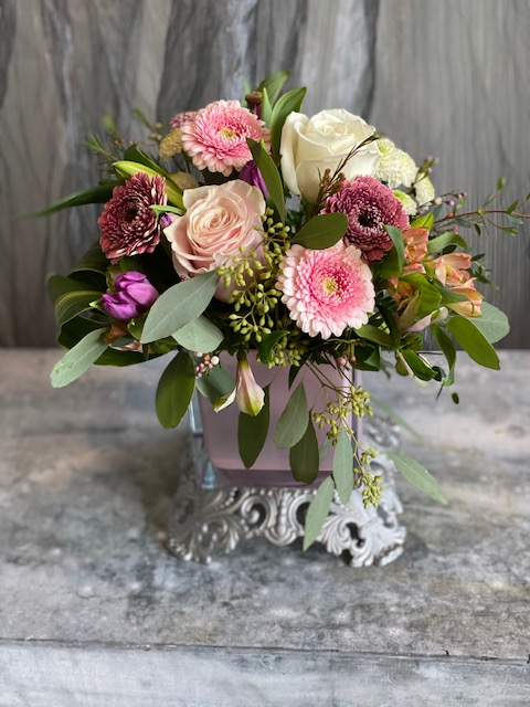Soft garden Vase Arrangments